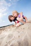Jungen auf einem Strand Lizenzfreie Stockfotografie