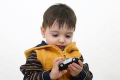Jungen-Kind in der Fall-Kleidung stockbilder