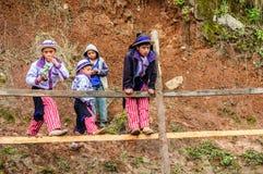 Jungen an Pferderennen der Allerheiligen, TODOS Santos, Guatemala Lizenzfreies Stockfoto