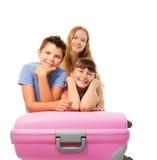 Jungen und Mädchen, die Ferien vorwegnehmen Lizenzfreie Stockfotografie