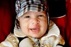 Jungenlächeln lizenzfreie stockfotos
