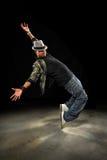 Junger Afroamerikaner-Hip Hop-Tänzer stockbilder