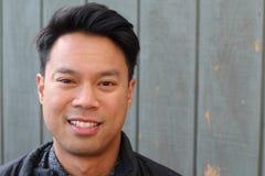 Junger asiatischer thailändischer MannLebensstil Lizenzfreies Stockfoto