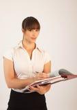 Junger attraktiver weiblicher Büroangestellter Stockbild