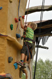 Junger Bergsteiger Stockfotografie