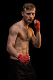 Junger blonder Mann mit dem muskulösen Torso Lizenzfreies Stockbild