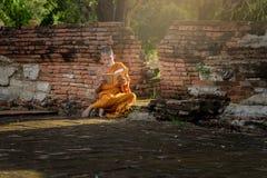 Junger buddhistischer Anfängermönch Stockfoto