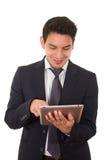 Junger erfolgreicher Geschäftsmann mit der Tablette, lateinisch lizenzfreie stockbilder