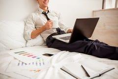 Junger erfolgreicher Geschäftsmann Lizenzfreies Stockfoto