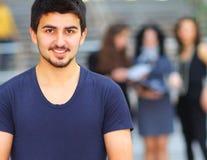 Junger erfolgreicher Kursteilnehmer Lizenzfreies Stockbild
