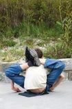 Junger flexibler Seiltänzer Stockfoto