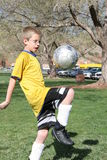 Junger Fußball-Spieler Stockfotos