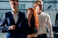 Junger Geschäftsmann With Business Team Lizenzfreies Stockfoto