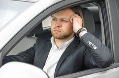 Junger Geschäftsmann in einem Verkehr Lizenzfreie Stockbilder