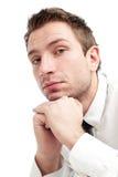 Junger Geschäftsmann ist umgekippt und traurig lizenzfreie stockfotografie