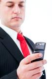 Junger Geschäftsmann am Telefon stockfoto