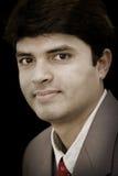 Junger indischer Geschäftsmann Stockfotografie