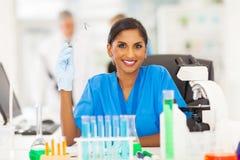 Junger indischer Wissenschaftler Stockfoto