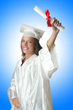 Junger Kursteilnehmer mit Diplom Stockbilder