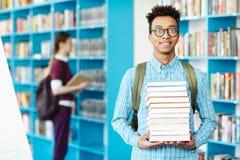 Junger Leser lizenzfreies stockfoto