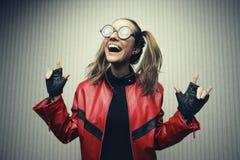 Junger lustiger schauender Aussenseiter Lizenzfreie Stockfotografie