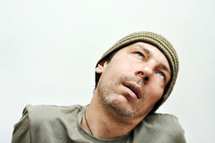Junger Mann, der unter Zahnschmerzen, Zahnschmerz, geschwollenes Gesicht leidet Stockfotos