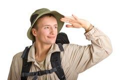 Junger Mann gekleidet in einem Touristen stockfotos