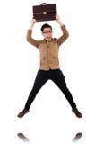Junger Mann mit dem braunen Aktenkoffer lokalisiert auf Weiß Lizenzfreie Stockfotografie