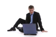 Junger Mann mit einem Notizbuch Lizenzfreie Stockbilder