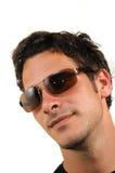 Junger Mann mit Sonnenbrillen Stockbild