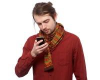 Junger Mann simsende sms Stockbilder