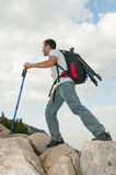 Junger Mann-Wandern Stockfoto