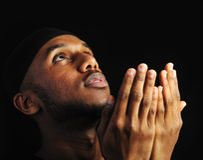 Junger moslemischer Mann lizenzfreie stockfotos