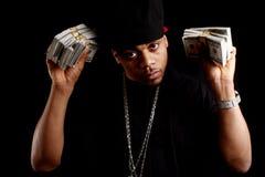 Junger schwarzer Mann mit Bargeld Stockbild