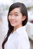 Junger weiblicher Kursteilnehmer Lizenzfreies Stockfoto