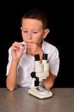 Junger Wissenschaftler stockfoto