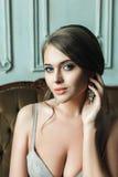 Junges attraktives blondes Braut-Frauen-Porträt Stockfotografie
