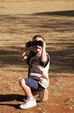 Junges Birdwatcher Lizenzfreie Stockbilder