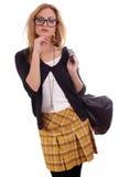 Junges blondes Baumuster mit glases und der Beutelaufstellung Lizenzfreies Stockfoto