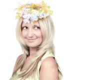 Junges blondes Schönheitsmode-Artportrait lizenzfreie stockbilder