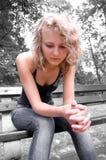 Junges deprimiertes Mädchen. Lizenzfreie Stockfotos