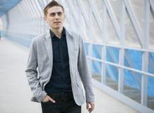 Junges Geschäftsmannporträt stockbilder