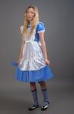 Junges hübsches Mädchen im Fairy-talekleid Lizenzfreies Stockfoto