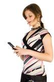 Junges hübsches Mädchen las SMS lizenzfreies stockfoto