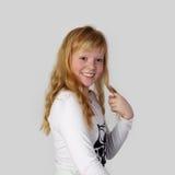 Junges hübsches Rothaarigemädchen Lizenzfreie Stockfotos