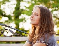 Junges Jugendlichmädchen des Porträts Stockfotografie