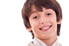 Junges Jungenlächeln stockfotografie