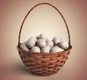 Junges Küken in Wanne, 2 malte Eier und Blumen Korb gefüllt mit bunten Eiern 3D stockbild