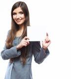 Junges lächelndes Geschäftsfrau-Griffbrett, weißer Hintergrundhafen Lizenzfreie Stockfotos