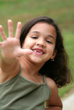 Junges Mädchen-Endzeichen Stockfotos